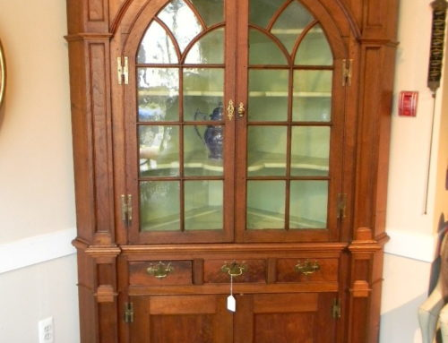 Chippendale Walnut Corner Cupboard in 2 parts , PA Circa 1780