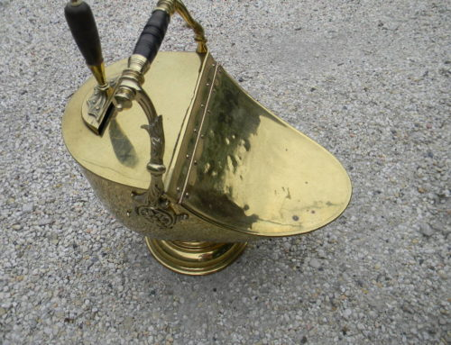 Coal Scuttle Brass 19th century.
