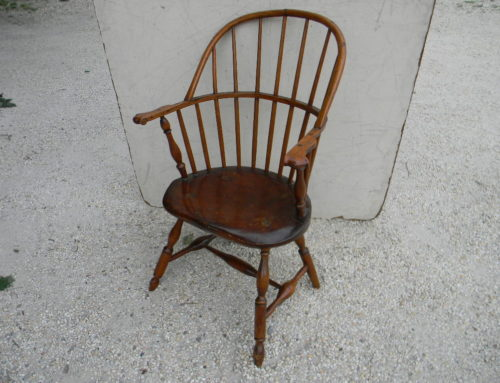 A Windsor Arm Chair with Knuckle Arms & Blunt Arrow Ft., PA., Circa 1780