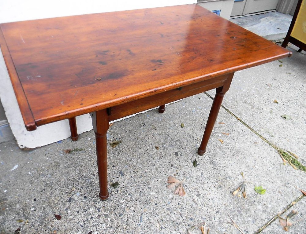 "American Tavern Table 42""w-27""t-23""d"