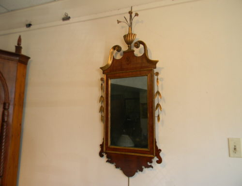 "Federal Inlaid American Mirror,Circa 1800-46""t."
