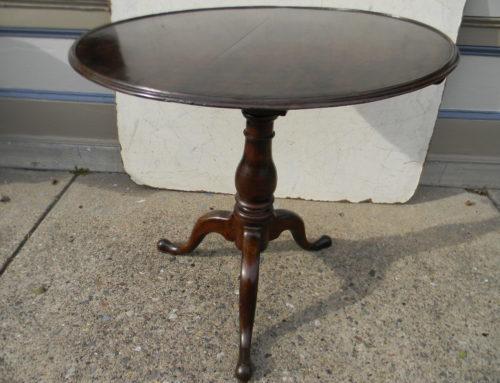 Queen Anne Walnut,Tea Table, PA. Circa 1750
