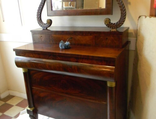 Federal Mahogany Dressing Chest Circa 1820