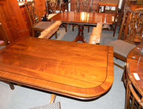 """Mahogany Banded Top Dining Table 2 Leaves,84""""x48"""""""