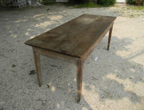 "American Farm Table,72""l-29""d-29""t, 1 piece top"