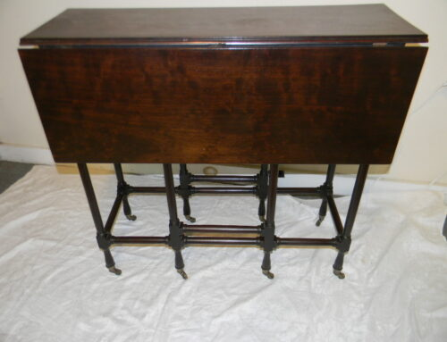 "English Spider Leg Table,31""x 11"""