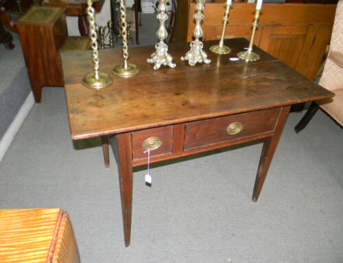 "Walnut Farm Table, PA. Ca.1800,42""x28"""