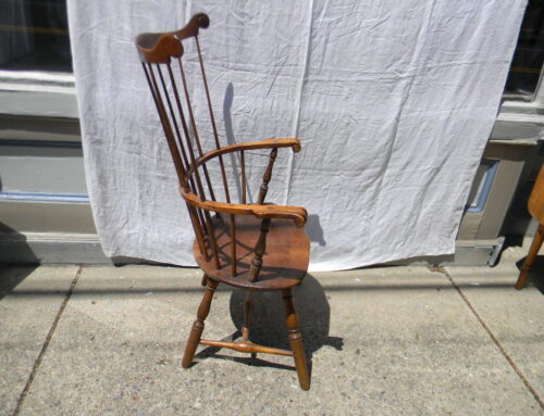 Windsor Comback Chair Phila. Pa Circa 1780.